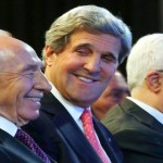 Shimon Peres, John Kerry and Mahmoud Abbas at World Economic Forum, Amman, 2013